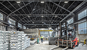 With state-of-the-light LED lighting, light contracting greatly improves working conditions for staff while reducing energy costs at the same time – for example, at Aluminium GmbH in Nachrodt, where energy consumption is down by 40% while the luminous...